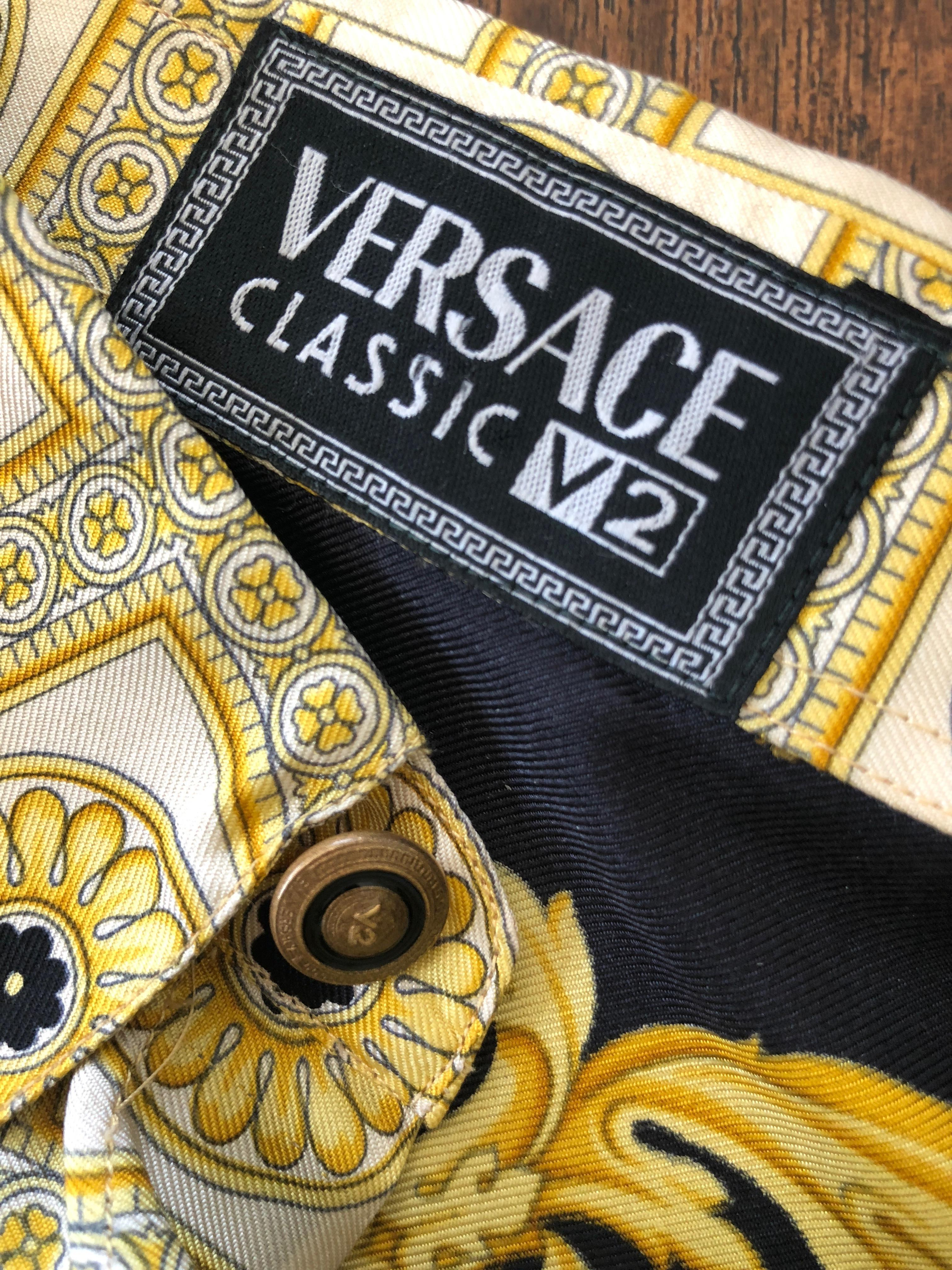 b0472a29 V2 Gianni Versace 1999 Black and Gold Baroque Imperial Eagle 100% Silk Shirt  For Sale at 1stdibs