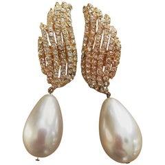 Diana Vreeland's Favorite Wing Earrings R. Serbin 1983 In Met Museum Collection