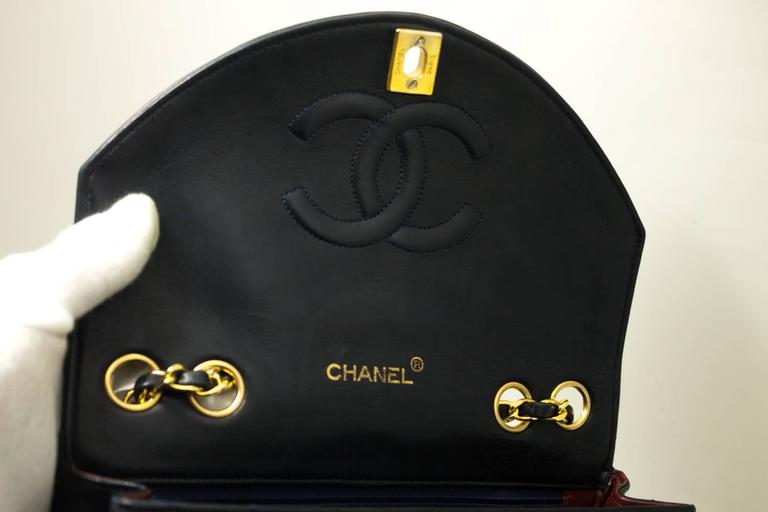 04e737faeadb CHANEL Vintage Navy Half Moon Chain Shoulder Bag Quilted Flap Lamb For Sale  3