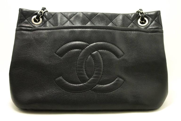 CHANEL Caviar Chain Shoulder Bag Crossbody Black Silver Quilted  2