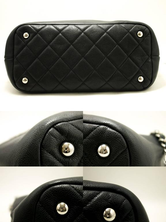 CHANEL Caviar Chain Shoulder Bag Crossbody Black Silver Quilted  5