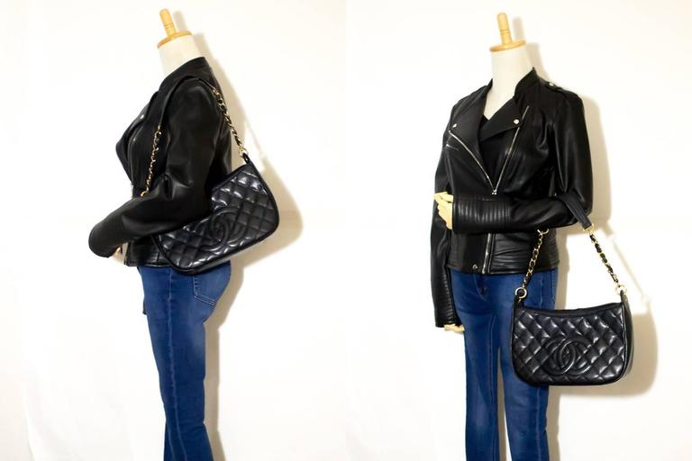CHANEL Caviar Chain One Shoulder Bag Black Quilted Leather Zipper  6