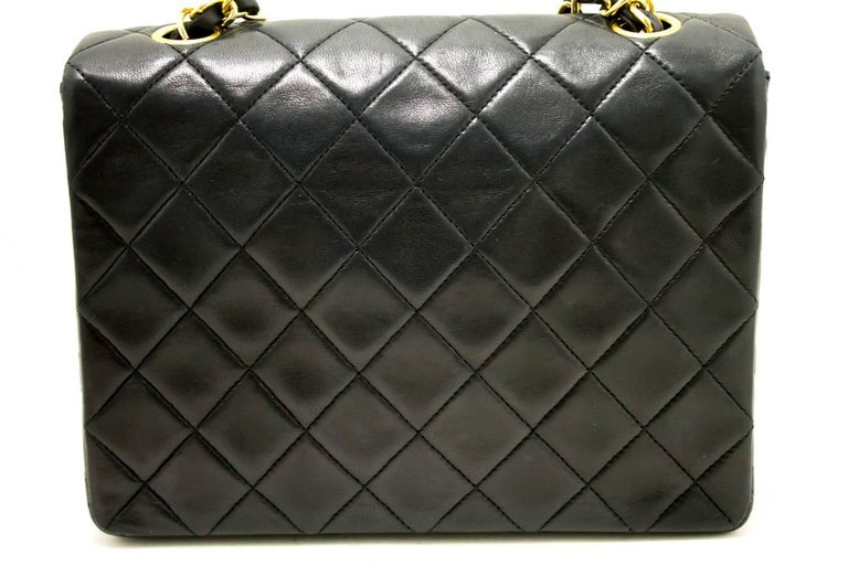 CHANEL Mini Small Chain Shoulder Bag Crossbody Black Quilted Flap In Excellent Condition For Sale In Takamatsu-shi, JP