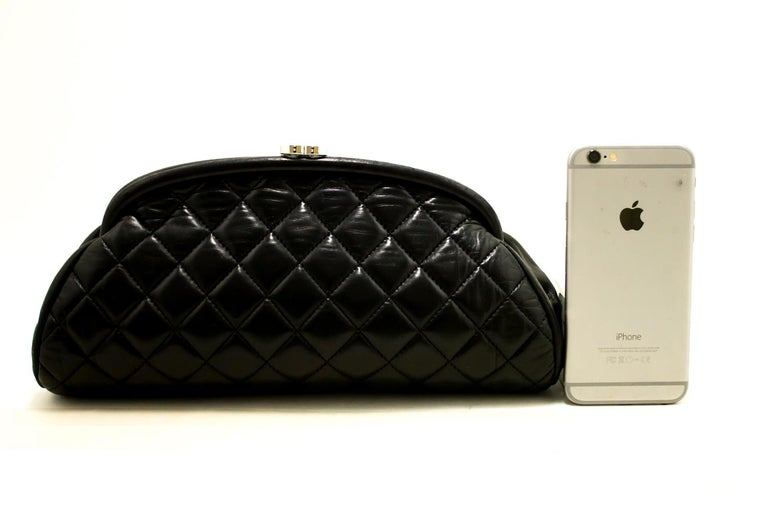 2a0d7865bf99 CHANEL Lambskin Timeless Clutch Bag Black Quilted Leather Silver In Good  Condition For Sale In Takamatsu
