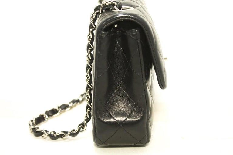 0afe2cfe53b2c CHANEL 25cm Kette Umhängetasche schwarz gesteppt einzelne Lasche Leder SV 5