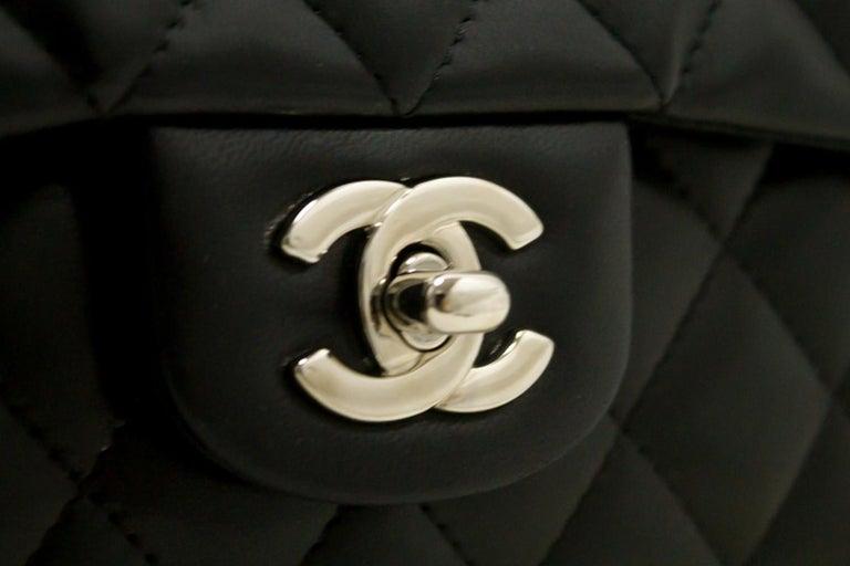 09010b143d968 CHANEL 25cm Kette Umhängetasche schwarz gesteppt einzelne Lasche Leder SV 14