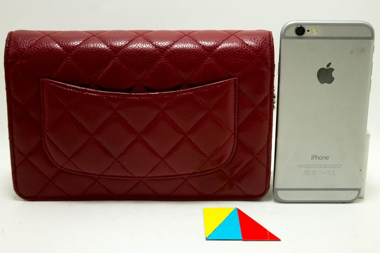 CHANEL Caviar Red WOC Wallet On Chain Shoulder Crossbody Bag In Good Condition For Sale In Takamatsu-shi, JP