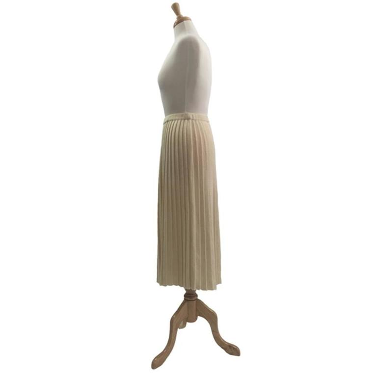 1980s  Wool/Acrylic Cream Courreges Pleated Knitted Skirt 3