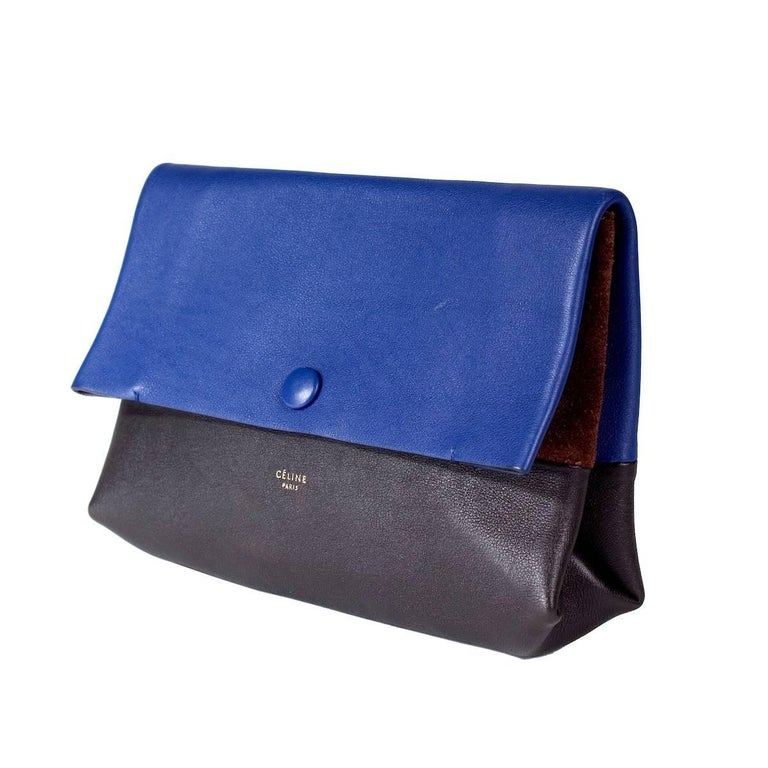 Women's or Men's Celine Tri-Color Suede and Leather Shoulder Bag with Matching Pouch Wallet For Sale