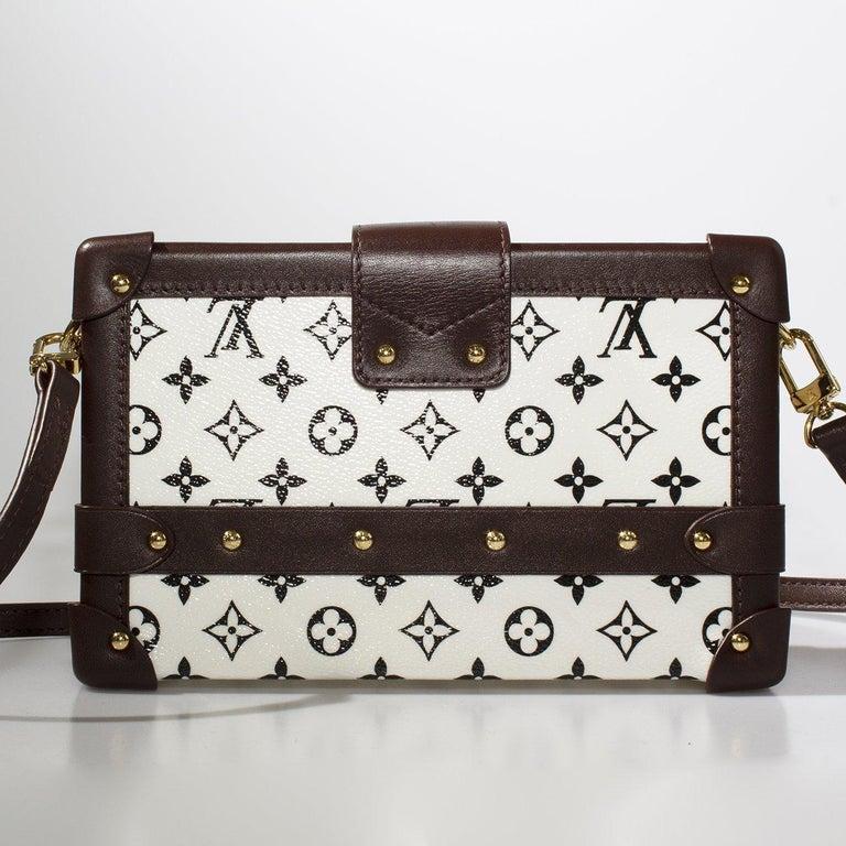 edd8e464addf Women s or Men s Louis Vuitton LV Monogram Petite Malle Box Bag