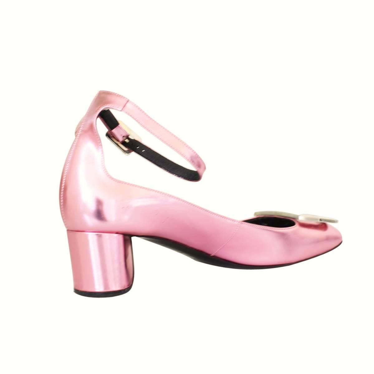 roger vivier metallized pink shoe for sale at 1stdibs. Black Bedroom Furniture Sets. Home Design Ideas