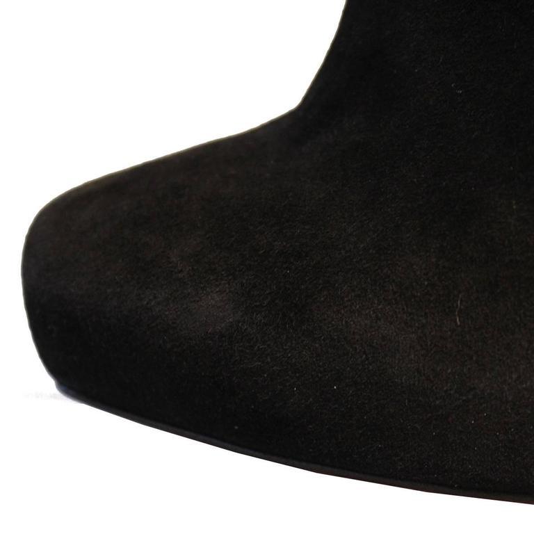 Christian Louboutin Black Buckskin Ankle Boots 39,5 4