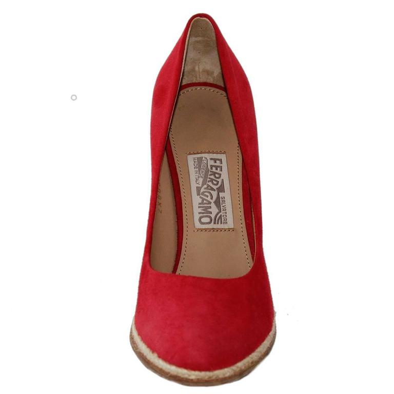 Salvatore Ferragamo Suede Wedge Shoe 38,5 3