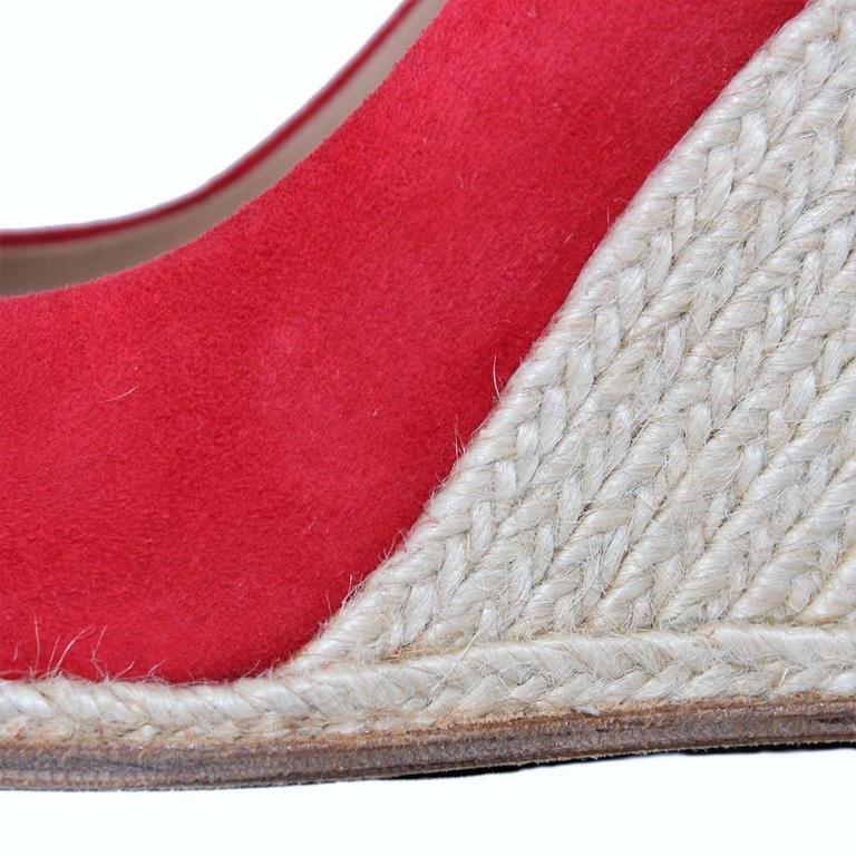Salvatore Ferragamo Suede Wedge Shoe 38,5 4