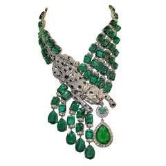 Carlo Zini Bijoux Emerald Like Panter Necklace