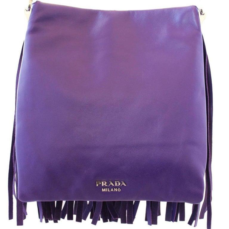 Prada Purple Fringes Shoulder Bag In Excellent Condition In Gazzaniga (BG), IT