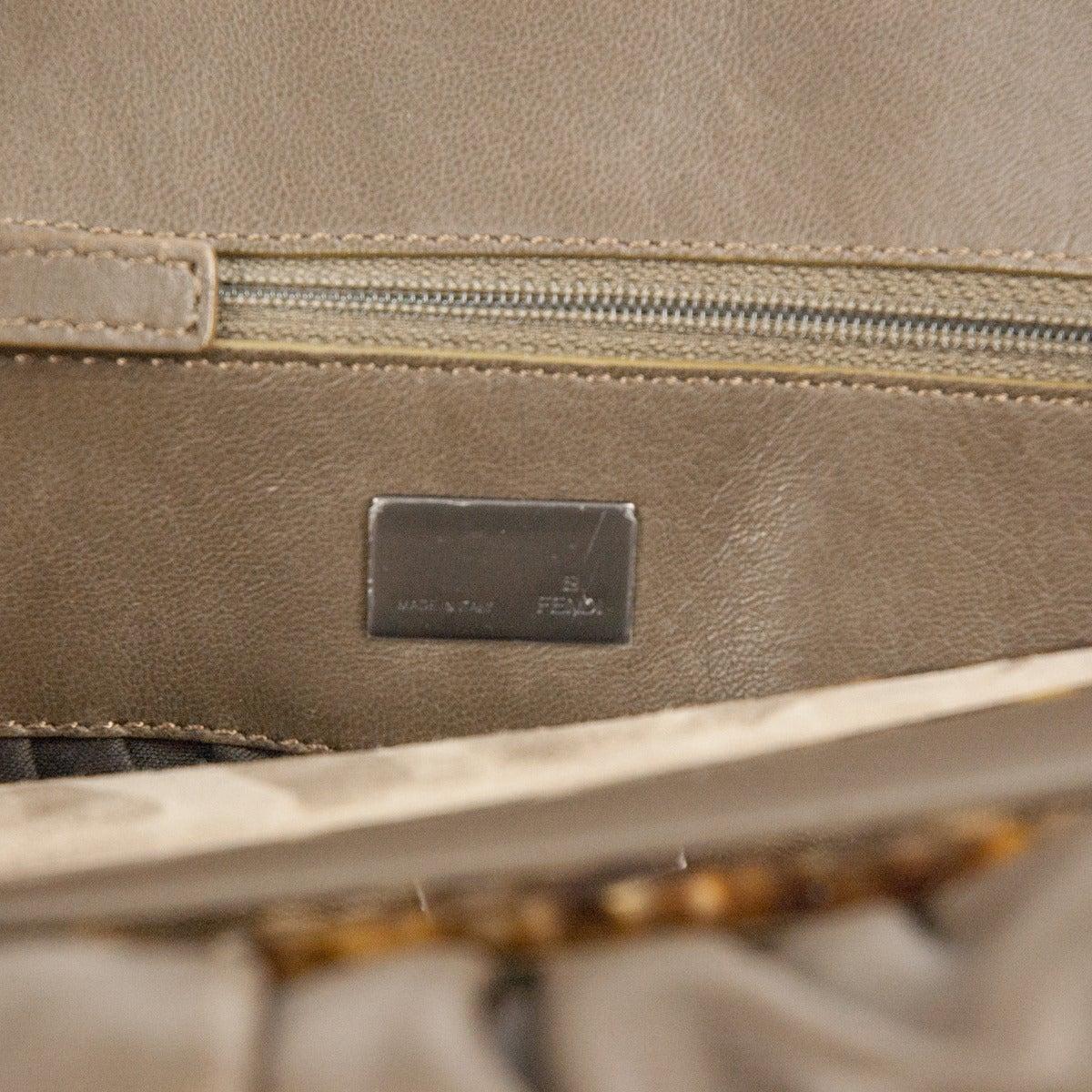 Fendi Leather And Buckskin Turtledove One Handle Bag IEikB1