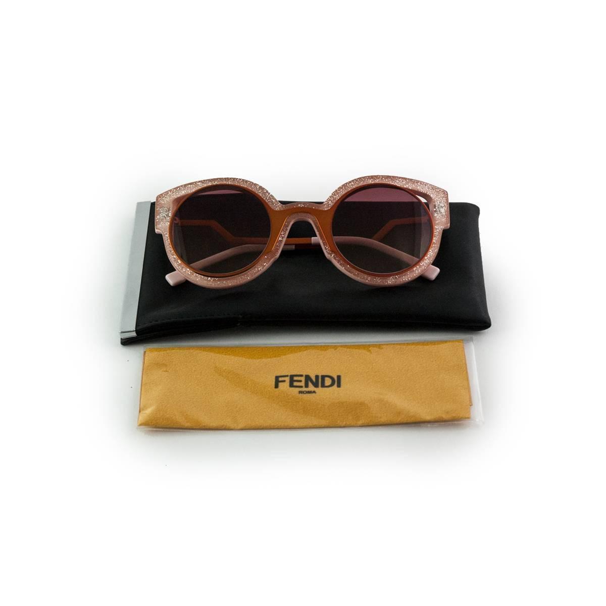 5d6d95efe2b2 Fendi Paradeyes Pink sunglasses at 1stdibs
