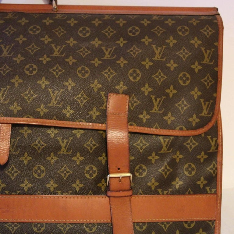 Louis Vuitton Vintage Travel Bag, 1970s In Good Condition For Sale In Gazzaniga (BG), IT