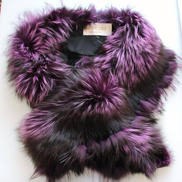 Magnificent fur collar by De Nicola Pelliccerie Roma Fox fur Purple color with shades With pigtails Total length cm 165 (64.9 inches) Worldwide express shipping included in the price !