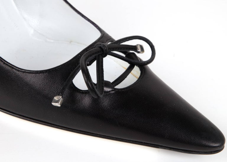 Dolce&Gabbana Shoe Black Leather Pump Laced Bow 39.5 / 9.5 New In New Condition For Sale In Miami, FL