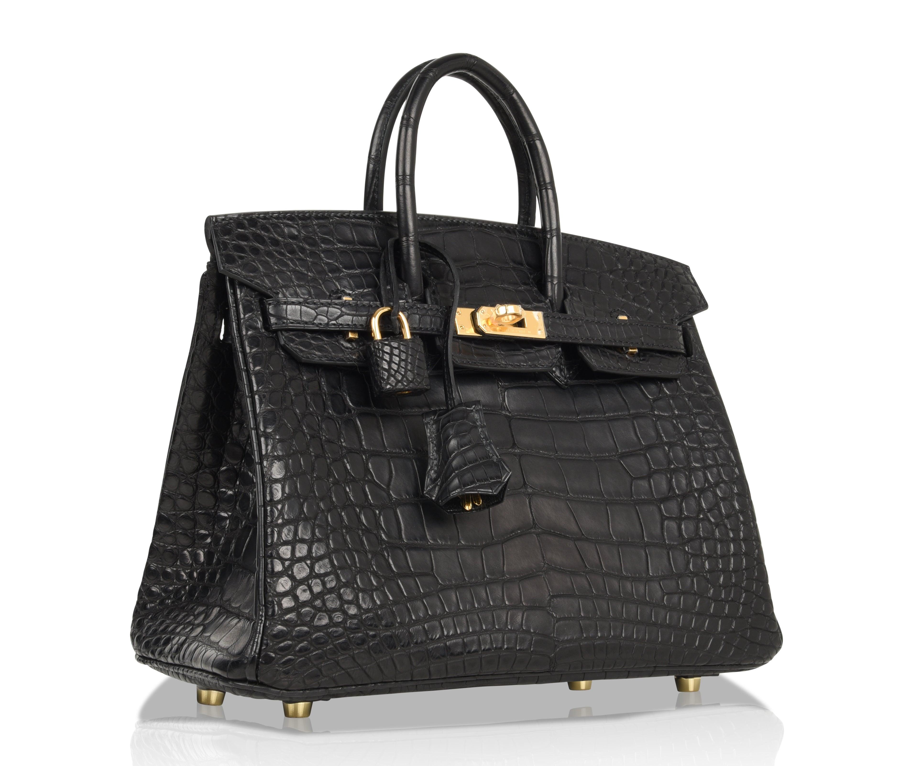 Hermes Birkin 25 Bag Matte Black Alligator Gold Hardware