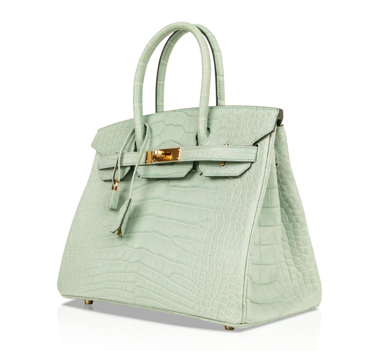 Women s Hermes Birkin 30 Bag Vert D eau Matte Alligator Gold Hardware For  Sale 09e2c57cdd