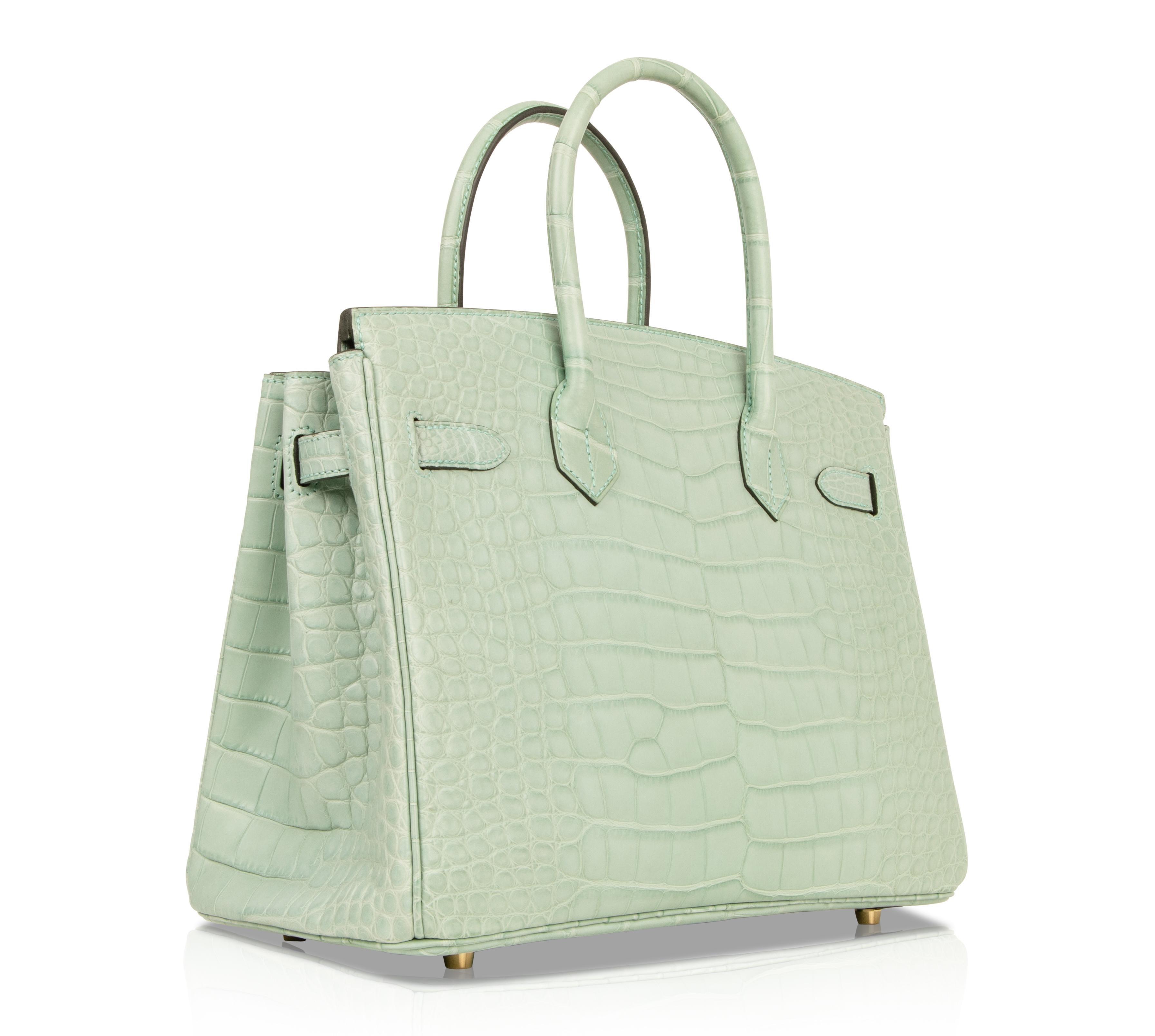 6956f387ef22 Hermes Birkin 30 Bag Vert D eau Matte Alligator Gold Hardware For Sale at  1stdibs
