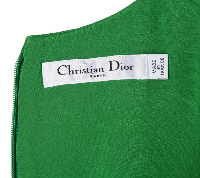 Christian Dior Top Emerald Green Sleeveless Shaped and Fitted fits 8 For Sale 3