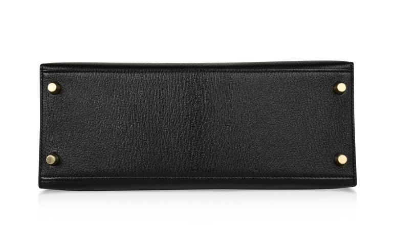 Hermes Kelly 28 Bag HSS Sellier Black Chevre Vermillion Interior Brushed Gold  For Sale 8