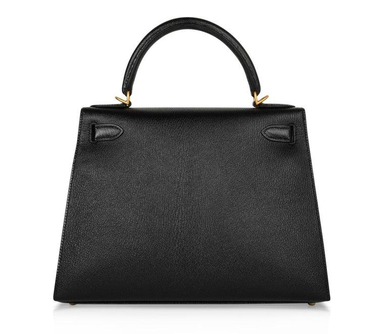 Hermes Kelly 28 Bag HSS Sellier Black Chevre Vermillion Interior Brushed Gold  For Sale 6