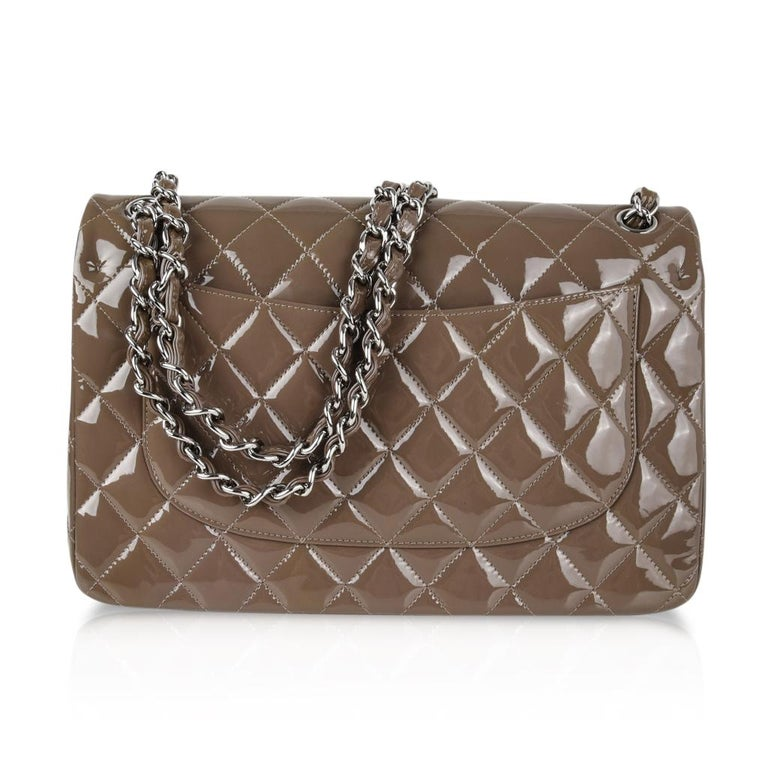 24286c01cb13d5 Chanel Bag Patent Leather Jumbo Double Flap Taupe New For Sale at ...