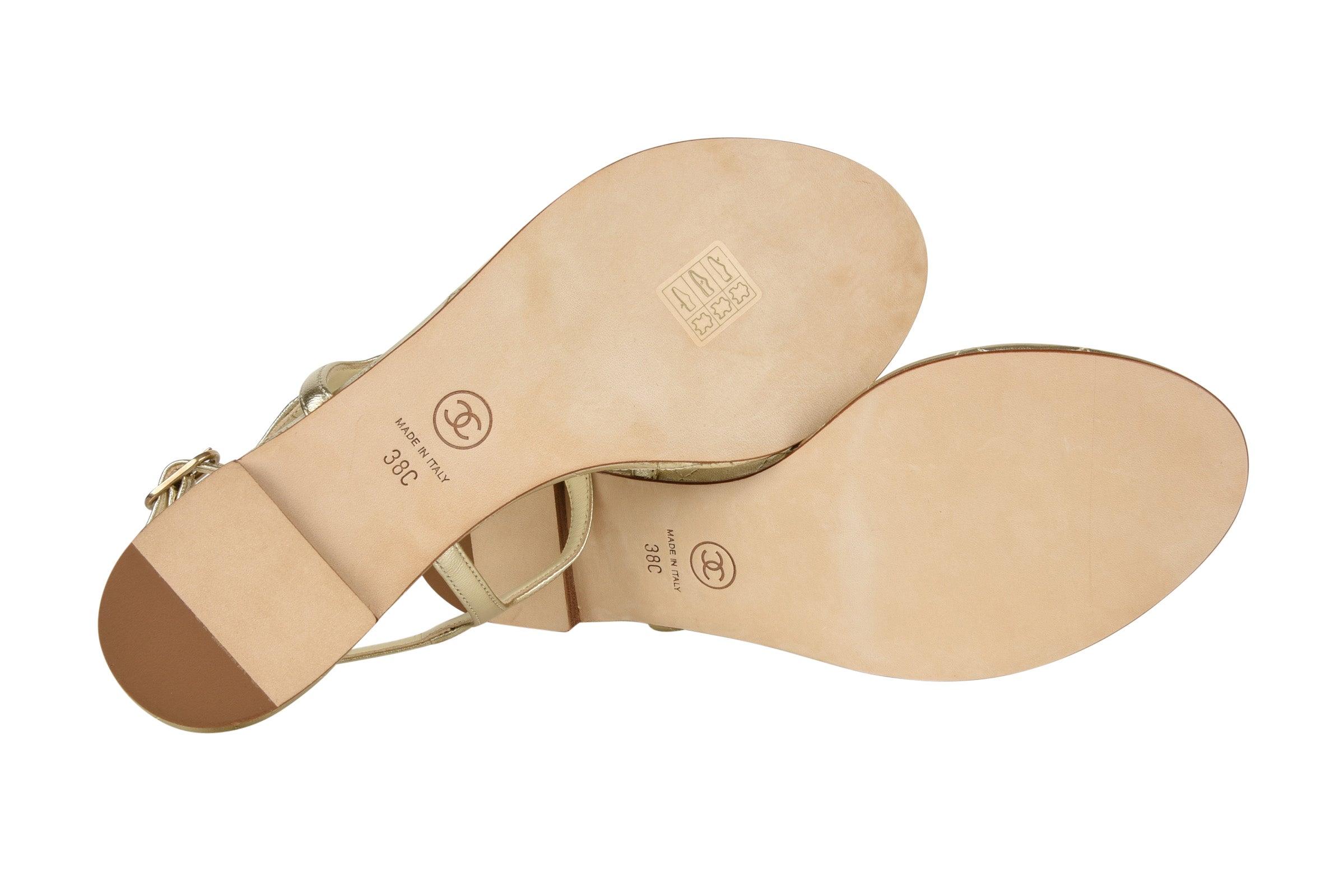 49c51f18204261 Chanel Shoe CC Star Paris Dallas Gold T-Strap Thong Sandals 38 C   8 New at  1stdibs