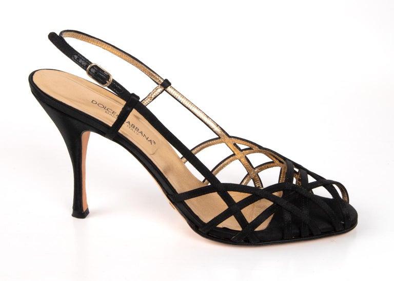 Dolce&Gabbana Shoe Strappy Black Satin Mint 39.5 / 9.5 In Excellent Condition For Sale In Miami, FL