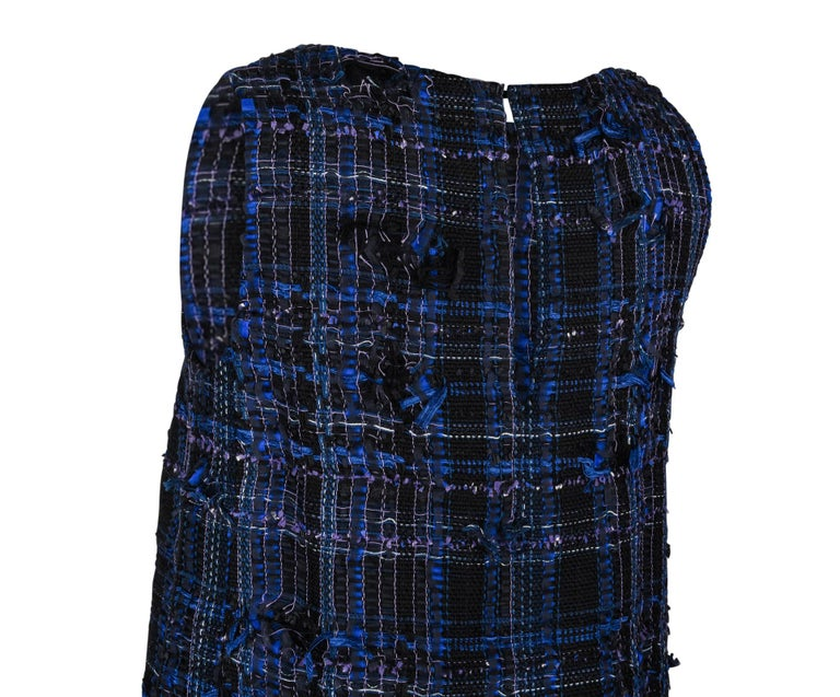 Chanel 14S Dress Black / Blue Fantasy Tweed Sleeveless 36 / 4 nwt For Sale 4
