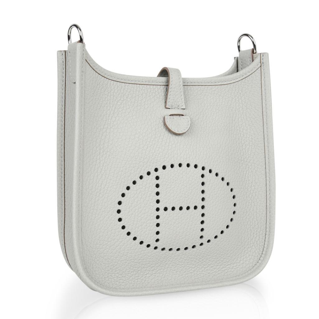 c338b907f9 ... sweden womens hermes evelyne iii tpm bag gris perle crossbody clemence  palladium for sale b350b 0911d ...