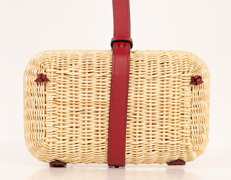 Hermes Bag Picnic Osier Wicker Clutch Rouge H New For Sale 3