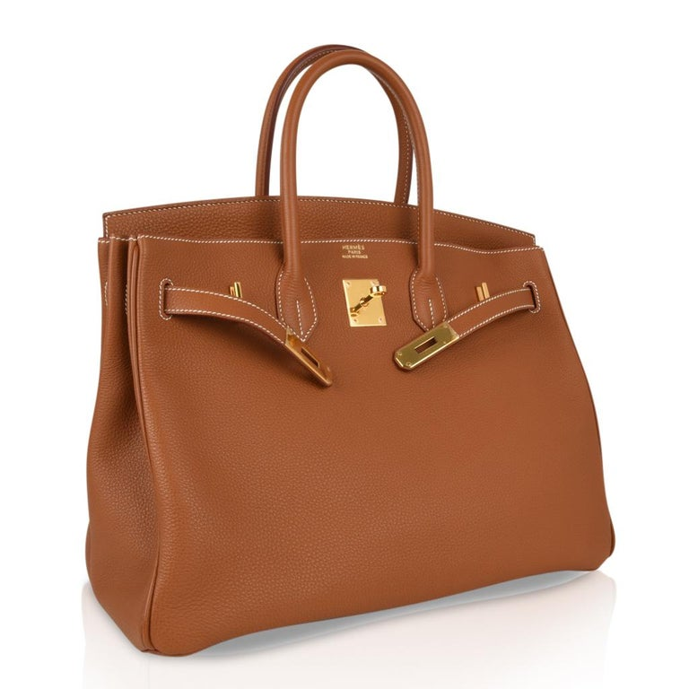 Women's Hermes Birkin 35 Bag Gold Togo Gold Hardware Iconic CLassic For Sale