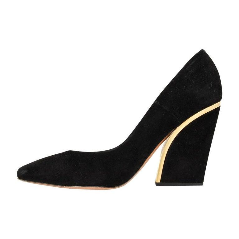 Chloe Shoe Block Heel Pump Jet Black Suede Gold Detail  39 / 9 In Good Condition In Miami, FL