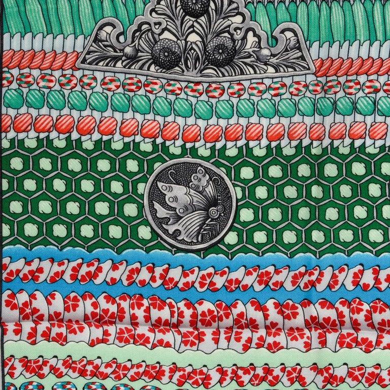 Hermes Shawl Parures de Samouraïs GM Cashmere Silk Blanc Turqouise Vert For Sale 8