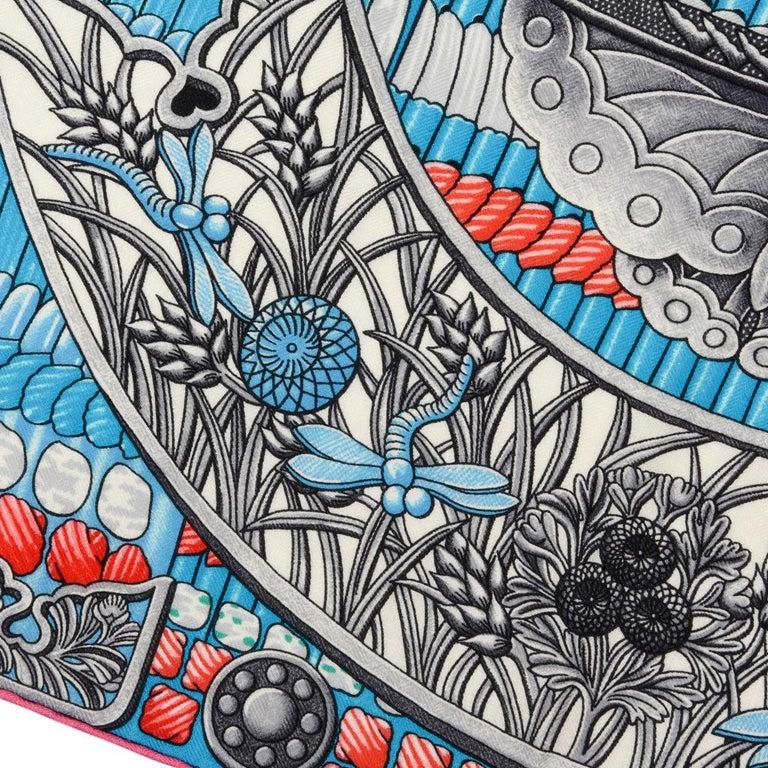 Hermes Shawl Parures de Samouraïs GM Cashmere Silk Blanc Turqouise Vert For Sale 2
