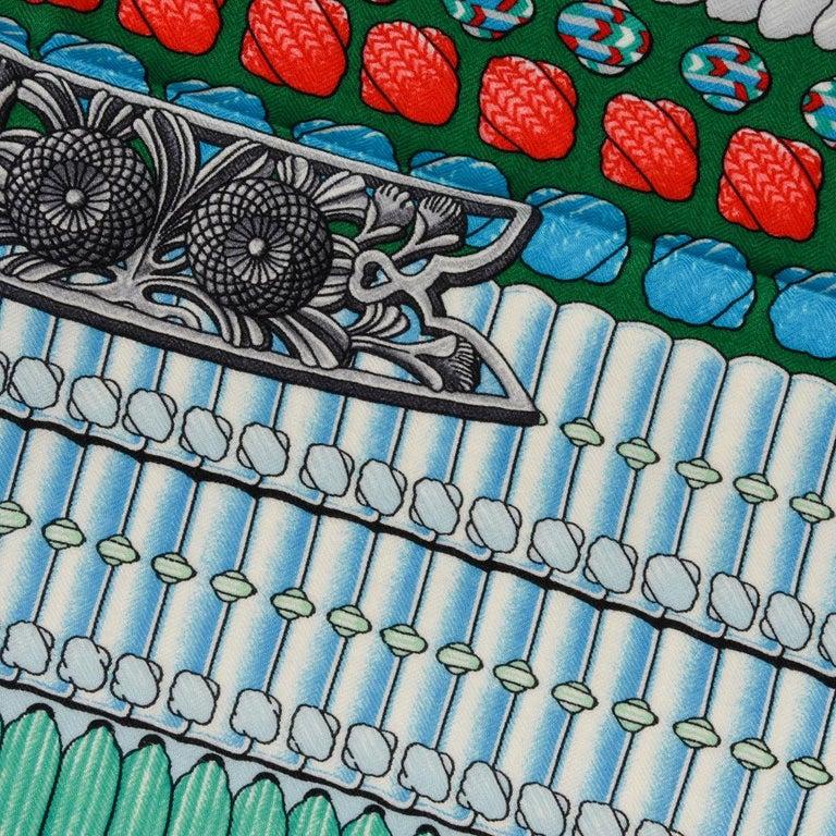 Hermes Shawl Parures de Samouraïs GM Cashmere Silk Blanc Turqouise Vert For Sale 13