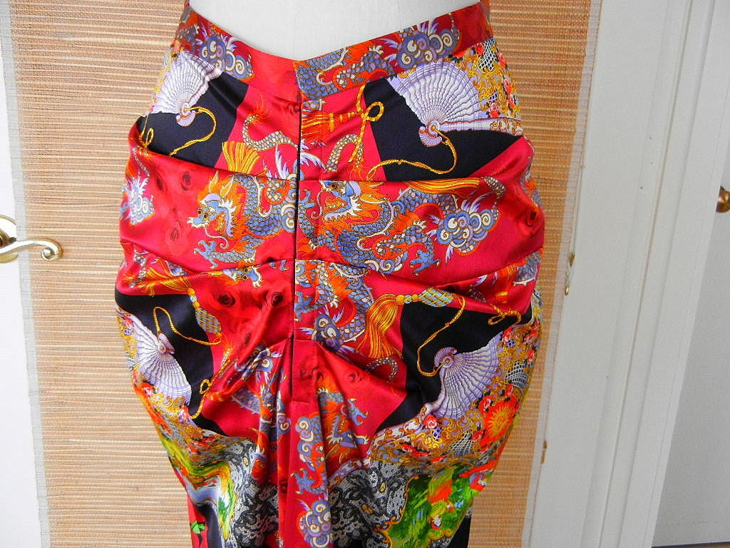 DOLCE&GABBANA skirt exotic asian print divine colours superb rear detail 40 6 2