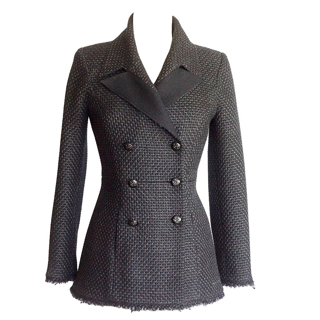 CHANEL Jacket Black Tweed Subtle Silver Metallic Camelia Buttons 40 / 6  For Sale