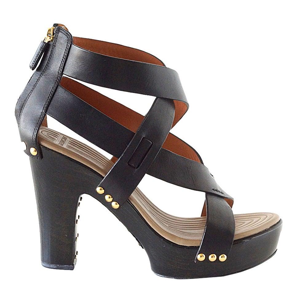GIVENCHY shoe platform bold straps stud hardware 39 9 Do Peek