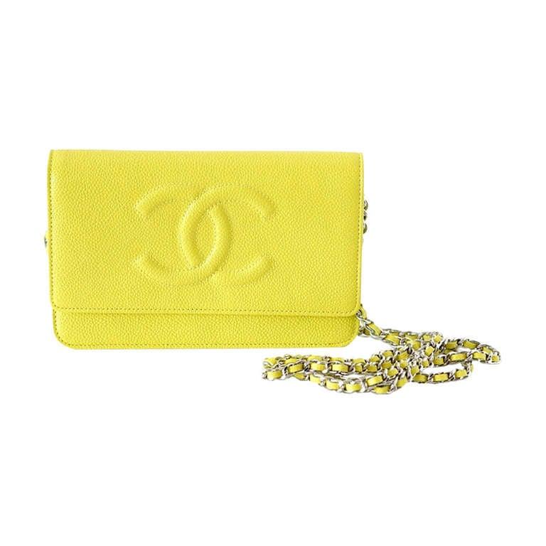 CHANEL bag / wallet on a chain lime yellow caviar NWT divine For Sale