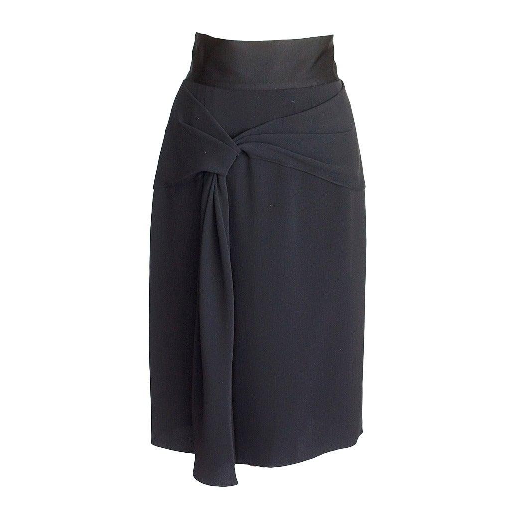 OSCAR de la RENTA skirt black silk beautiful draped detail 10 NWT