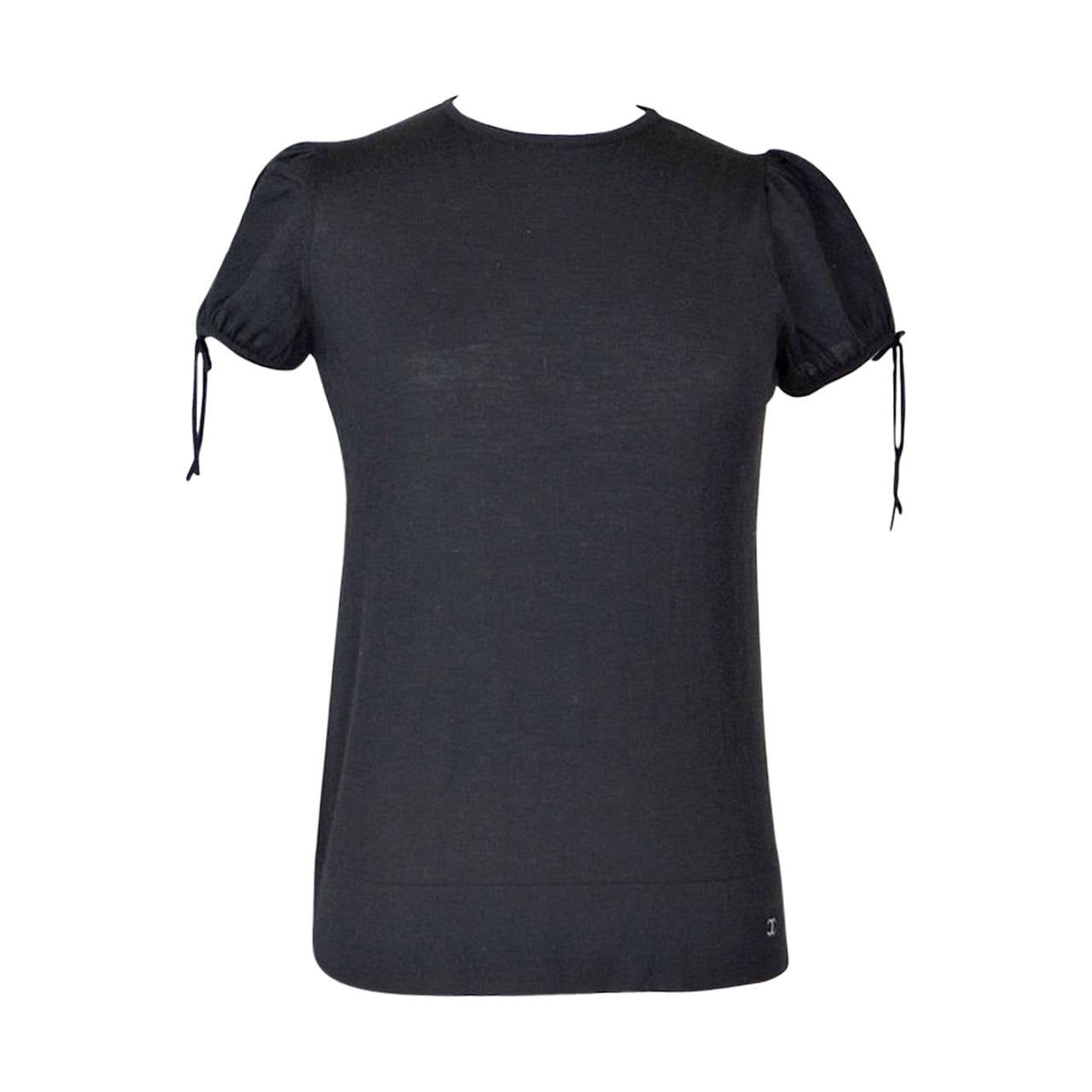 Chanel 04A Top Black Cashmere and Wool Charming Detail 42 / 8  nwt