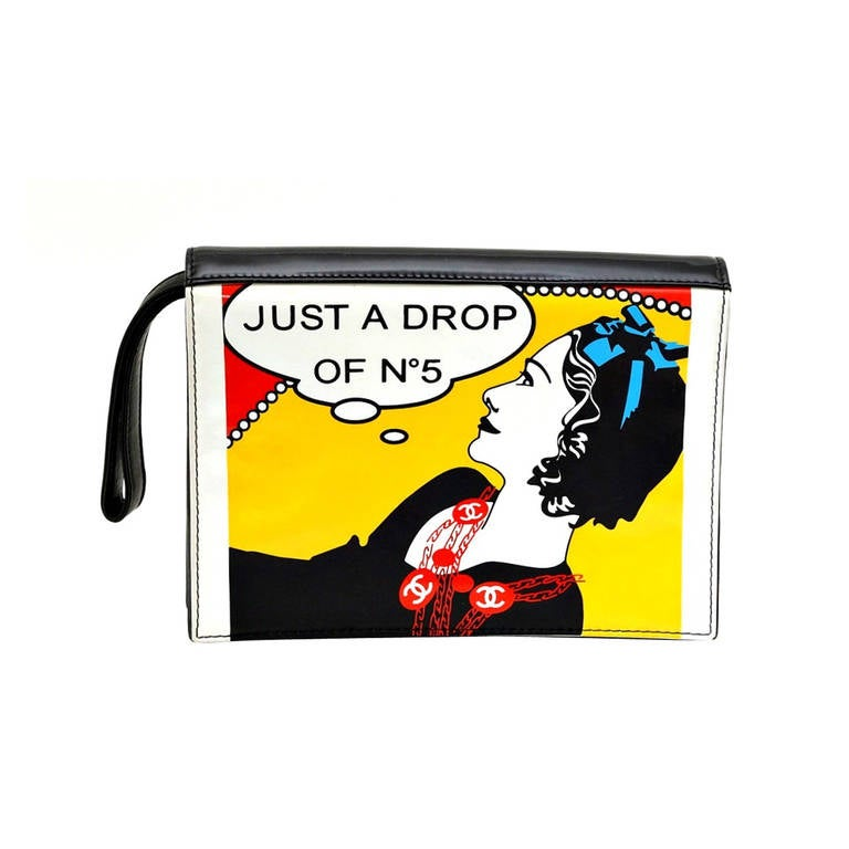 CHANEL vintage pop art patent leather Mademoiselle Clutch wristlet Mint 1