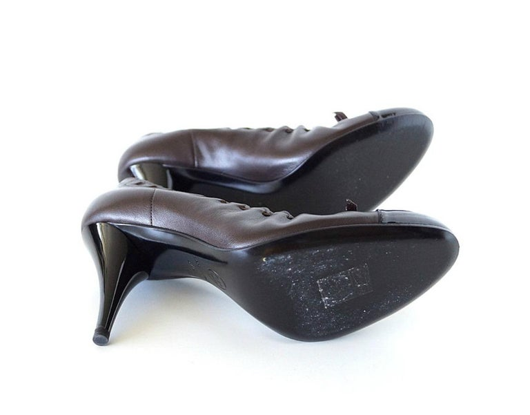 Chanel Shoe Brown Black Toe Heel Round Toe Ballet Style Heel 7.5  37.5 In Excellent Condition For Sale In Miami, FL